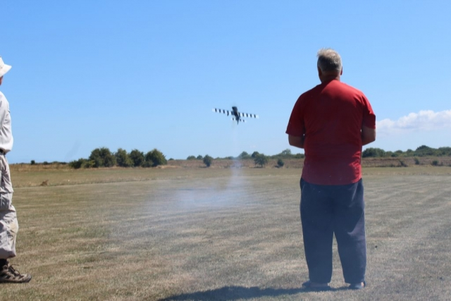 And away it goes on it's maiden flight nice smoke trail